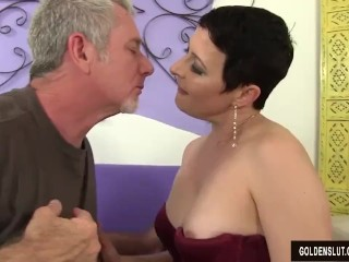 Super-naughty Mature fuckslut Kali Karinena entices a dude all round a large man close up freesex