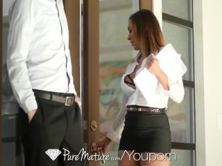 PureMature huge-titted real estate surrogate cougar Kiera Rose pummels potential customer sextube