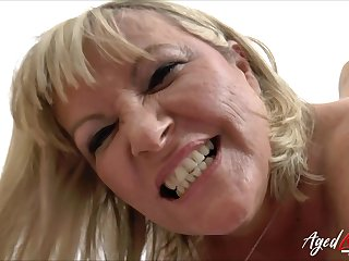 Hardcore drilling of sizzling mature lady with socking knavish cock