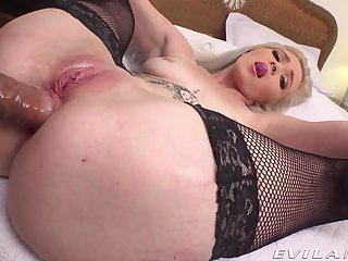 Amateur POV vaginal and anal for young Kay