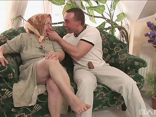 Old vs young porn video with chubby mature slut Dominika. HD