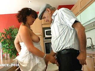 Papy Loves Give Screw Well-Rounded Arab Strumpet